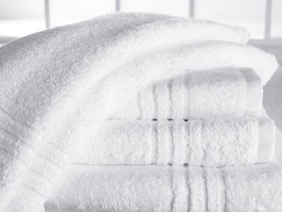 Serviette en tissu éponge Ambassador avec 4 bandes décoratives - 70 x 140 cm