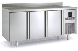 Kühltisch Premium E-Line 3/0