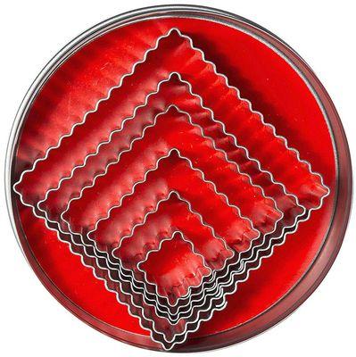 Emporte-pièces, forme carrée et ondulée
