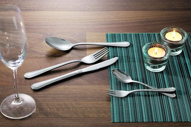 Eleganzia 700 - Kuchengabel aus Chromnickelstahl