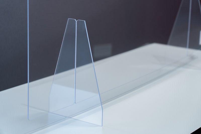 Trilux Hygiene-Schutzwand 1000x800 mit Standfüßen
